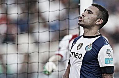 Otamendi tem sido um defesa central em destaque nos últimos títulos do FC Porto (Foto: Associated Press)