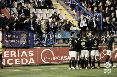 Los jugadores celebran el gol de Joselu | Imagen: LaLiga 1|2|3