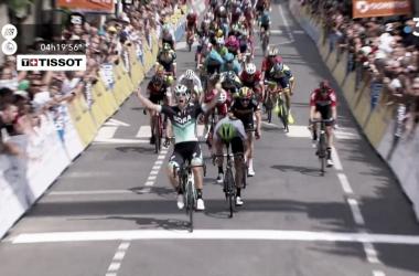 Pascal Ackermann vince a Belleville. Fonte: Criterium du Dauphiné/Twitter