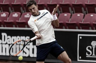 Pablo Carreño durante un partido en el torneo de Bastad. Foto: gettyimages.es