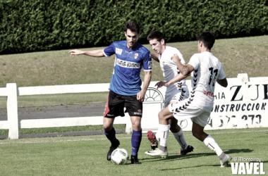 Pablo Espina en accion durante su 1ª temporada en el Logroñés. FOTO | JB Monterrey-VAVEL