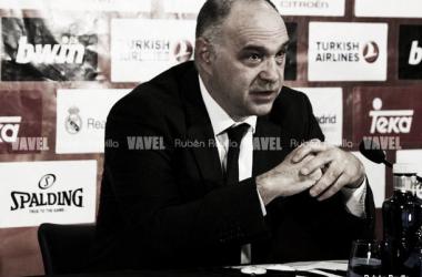 Pablo Laso en rueda de prensa | Foto (Rubén Revilla - VAVEL)