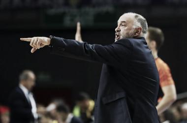 Pablo Laso dando instrucciones a sus pupilos | Foto: ACB.com