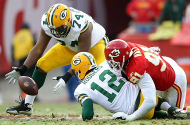 Aaron Rodgers will be hoping to avoid this scenario when he faces the Kansas City Chiefs on Sunday night. Photo:redditnflstreamstv.com