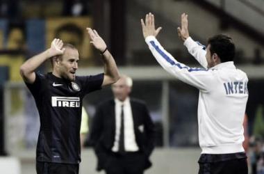Fiesta en la despedida de Zanetti