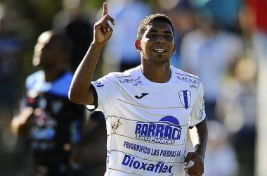 Palacios festeja uno de sus goles. Foto: Tenfield