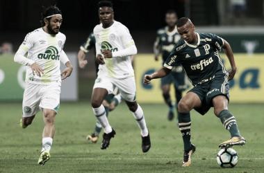 Na zona de rebaixamento, Chapecoense recebe embalado Palmeiras no Brasileirão