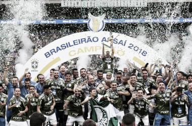 "<span style=""color: rgb(255, 255, 255); font-family: ""Helvetica Neue"", Helvetica, Arial, sans-serif; font-size: 13px; font-style: normal; font-weight: 700; white-space: nowrap; background-color: rgb(188, 166, 82);"">Crédito: Cesar Greco/Ag Palmeiras/Divulgação</span>"