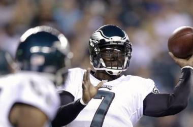 Philadelphia depura su ofensiva ante los Panthers