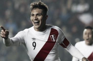 Guerrero fue el goleador en 2 Copas América: 2011 y 2015. Foto: peru21.pe.