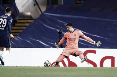 Parada de Courtois tras el disparo de Havertz | Fuente: Twitter Real Madrid.