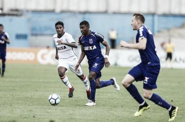 No último domingo (4), o Paraná empatou com o Vitória, por 1 a 1 (Reprodução / Paraná )