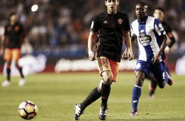 Dani Parejo, capitán valencianista, durante su última visita al Estadio de Riazor. Fuente: Valencia CF.