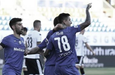 Em jogo com três pênaltis, Fiorentina bate Parma e se recupera na Serie A