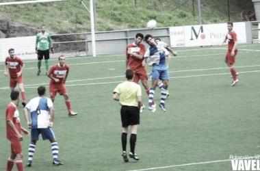 Abel y Pablo Hernández disputan de cabeza en el partido de hoy. Foto: Adoración Sánchez Manzano