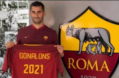 Maxime Gonalonsrejoint la Roma, l'OL perd un véritable symbole(Crédit : Twitter @OfficialASRoma)