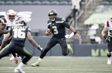 Wilson conduce a los Seahawks a la victoria sobre New England