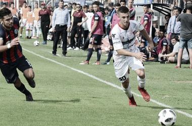 En la Superliga pasada, igualaron sin goles (Foto: FM Federal).