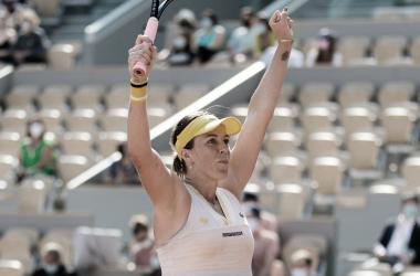 Anastasia Pavlyuchenkova venceu Tamara Zidansek em Roland Garros 2021 (WTA / Divulgação)