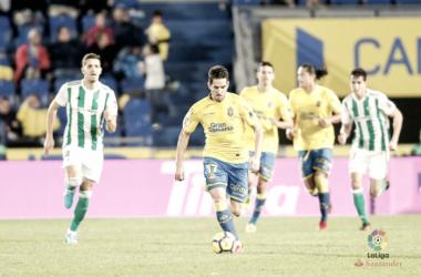Pedro Bigas en el encuentro que enfrentó a la UD Las Palmas al Real Betis de Setién - Foto vía: laliga.es