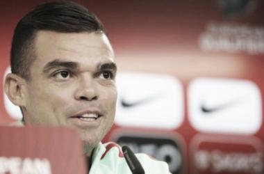 Pepe confía en lograr la victoria / www.fpf.pt