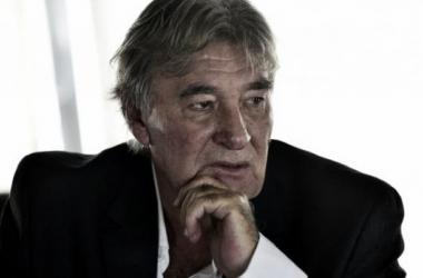 """Armando Pérez: """"La Tv no puede mandar en el futbol"""""""