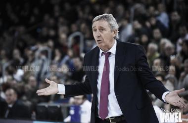 """Pesic:""""Para jugar contra el Estu se necesitan piernas, felicito a mis jugadores"""""""