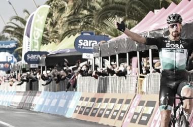 Peter Sagan celebrando la victoria ayer en el Giro de Italia. Imagen de la página oficial del Giro de Italia: @giroditalia