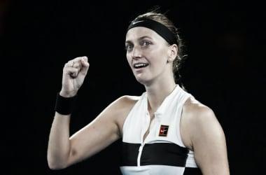 Petra Kvitova sonríe tras vencer en su semifinal de ayer ante Danielle Collins. Foto: zimbio.com