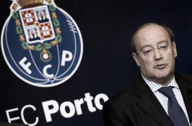 O líder da crise azul e branca, Pinto da Costa // Foto: AP Photo/Paulo Duarte