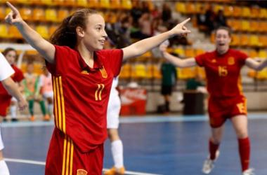 La Selección Sub-18 de fútbol sala celebra un gol. Foto: lnfs.es