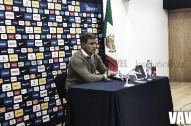 "Míchel González: ""Tengo que felicitar a mis jugadores""."