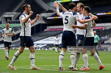 Tottenham celebrate after Pierre-Emile Hojbjerg put them 2-0 up in North London. (Photo by Shaun Botterill/Getty Images)