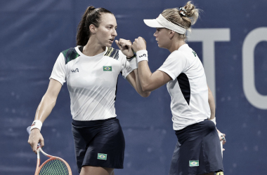 Pigossi/Stefani venceram Plisková/Vondrousová em Tokyo 2020 (Divulgação / WTA)