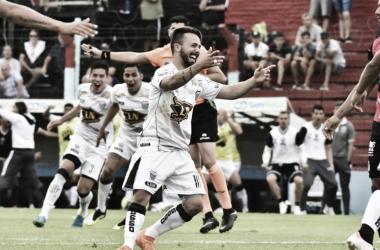 Festejo del Pincha en su victoria ante All Boys (Foto: Prensa Estudiantes BA).