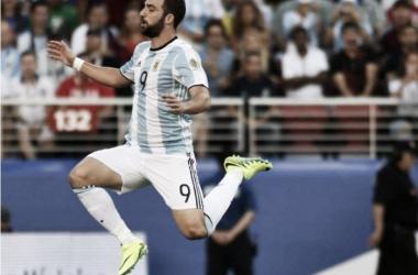 """Gonzalo Higuaín: """"Era un parámetro enorme, por el equipo al que enfrentamos"""""""