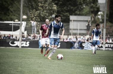 Pipa, contra la SD Compostela en el partido de vuelta del play - off de ascenso / Foto: Noelia Déniz (VAVEL).