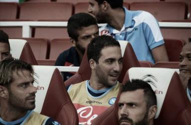 Gonzalo higuaín debutó en el segundo tiempo de Arsenal-Napoli   Napoli web oficial