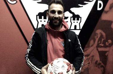 Pito Camacho, tras marcar un hat-trick. Foto: CD Mirandés