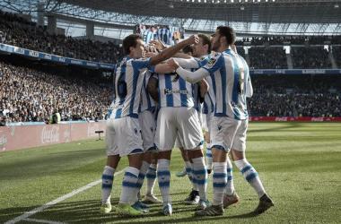 Los de Imanol celebran un gol en el Reale Arena (FOTO://Twitter Real Sociedad)