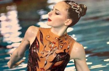 À 16 ans, Eve Planeix crée la sensation et se qualifie pour la finale du solo libre en natation synchronisé