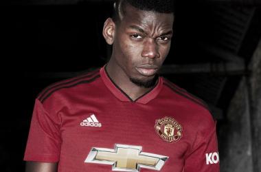 Manchester United divulga novo uniforme para temporada 2018/19