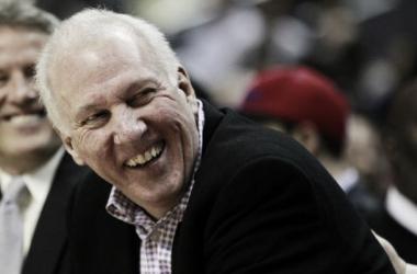 """Gregg Popovich é escolhido como """"técnico do ano"""" na NBA"""