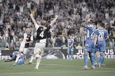 De Ligt y Cristiano celebran el gol de la victoria ante Nápoles / Foto: Twitter oficial Juventus