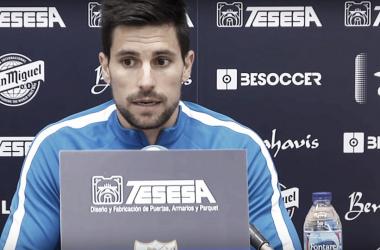 Adrián, en rueda de prensa <vía Málaga CF>