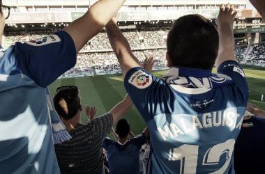 La afición malaguista, en el Nuevo Arcángel <vía Málaga CF>