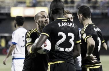 Enfrentamiento entre Kamara e Higuaín || Imagen: usatoday.com