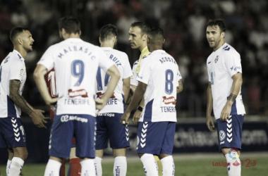 El Tenerife, a hacer náufrago al Sporting