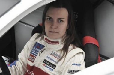 """Entrevista. Ángela Vilariño: """"Tengo muchas ganas de probar el coche"""""""