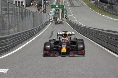 Max Verstappen se coronó como el hombre más rápido de la Qualy. Vía: Formula 1 en Twitter.